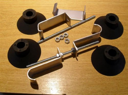 Boot / luggage rack fitting kit, 2 x brackets & 4 x rubber feet